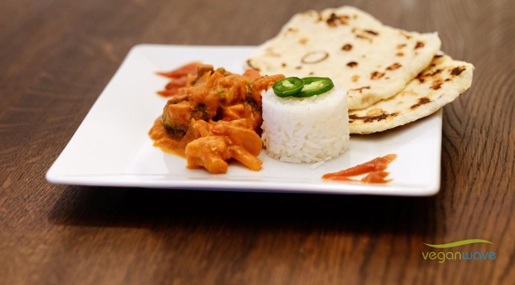Rucki-Zucki veganes Curry mit Naan und Chili-Dip