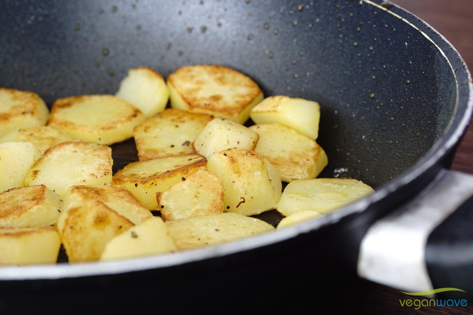Kartoffeln separat goldbraun braten