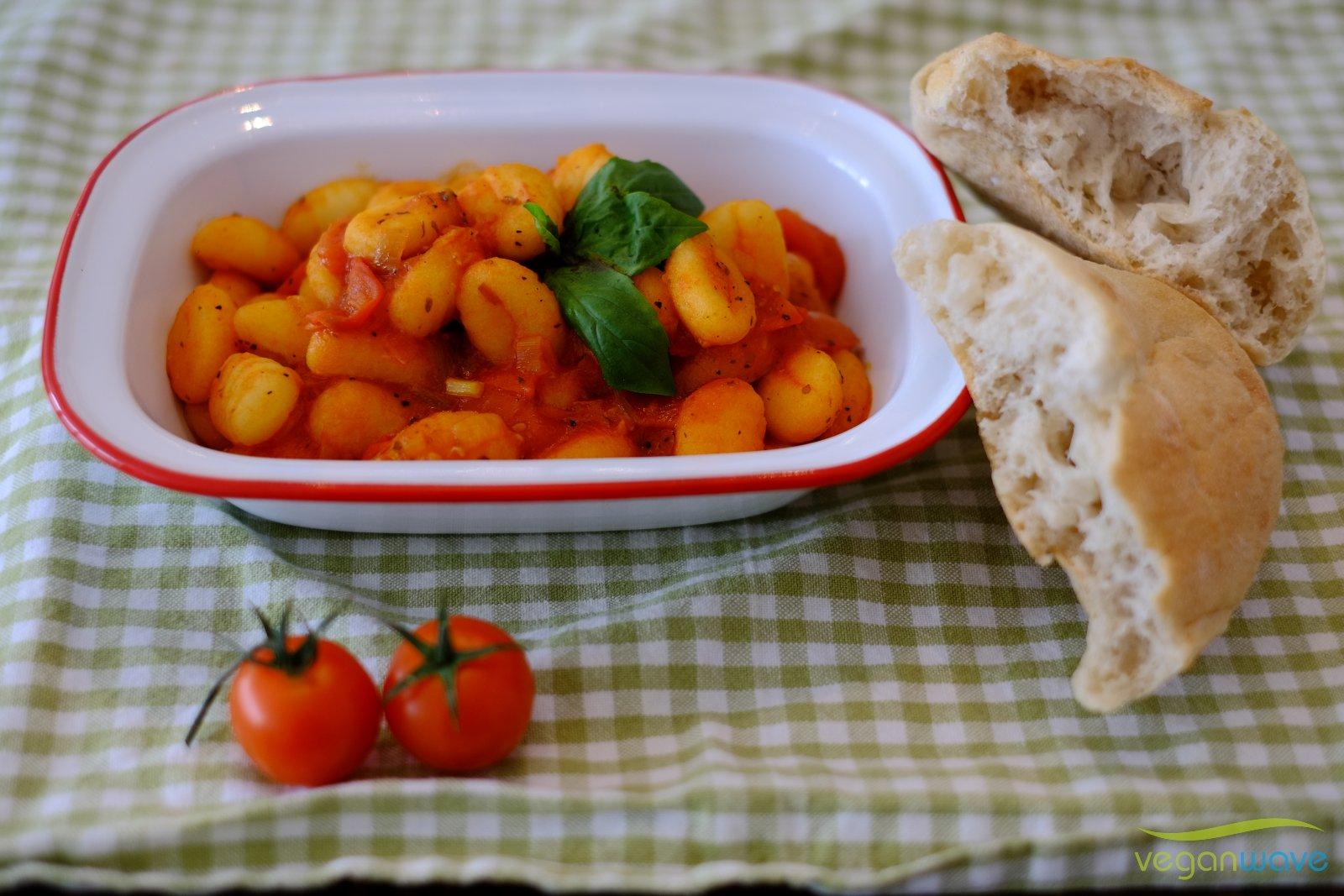 Gnocchi mit Napoli Tomatensauce
