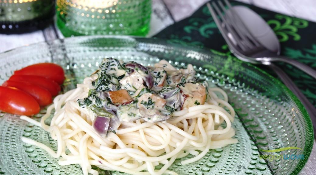 Spaghetti mit Spinat und Räuchertofu