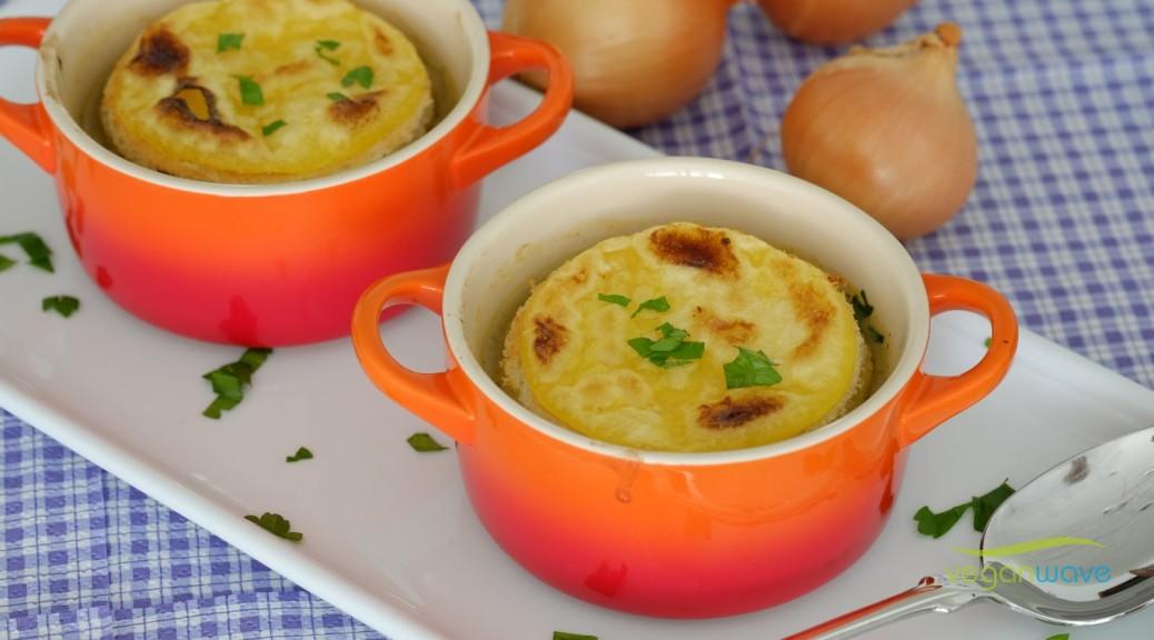 vegane Zwiebelsuppe