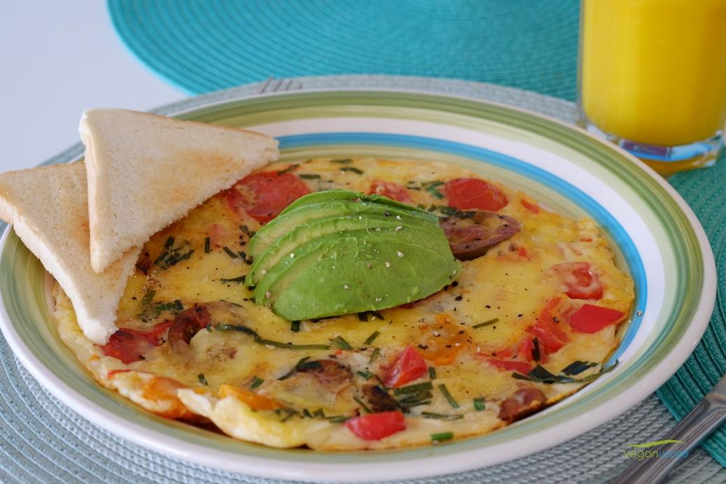 Veganes herzhaftes Omelett